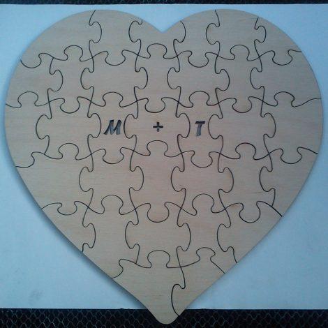 puzzle kivágása rétegelt lemezből